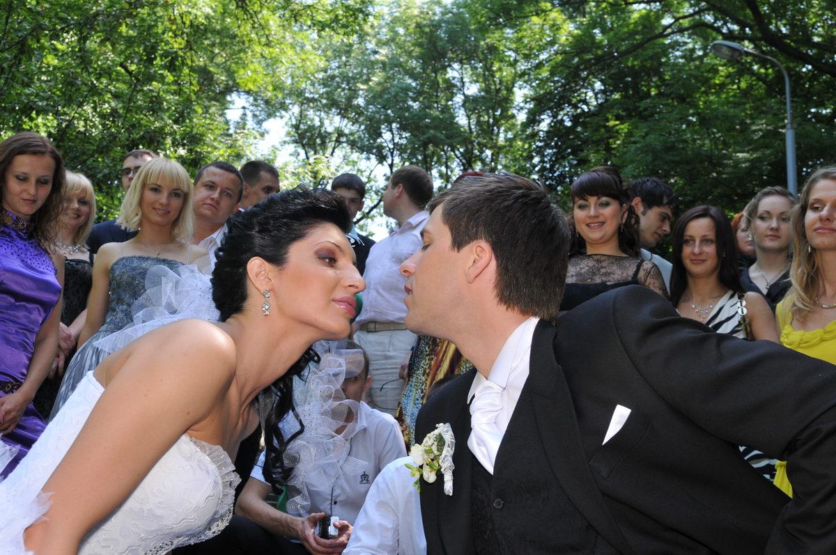 Свадебный фотограф. Подробный оптимальный распорядок свадебного дня. Ключевые моменты  для получения красивых свадебных фотографий. Уникальные комментарии свадебного фотографа с большим опытом. 16