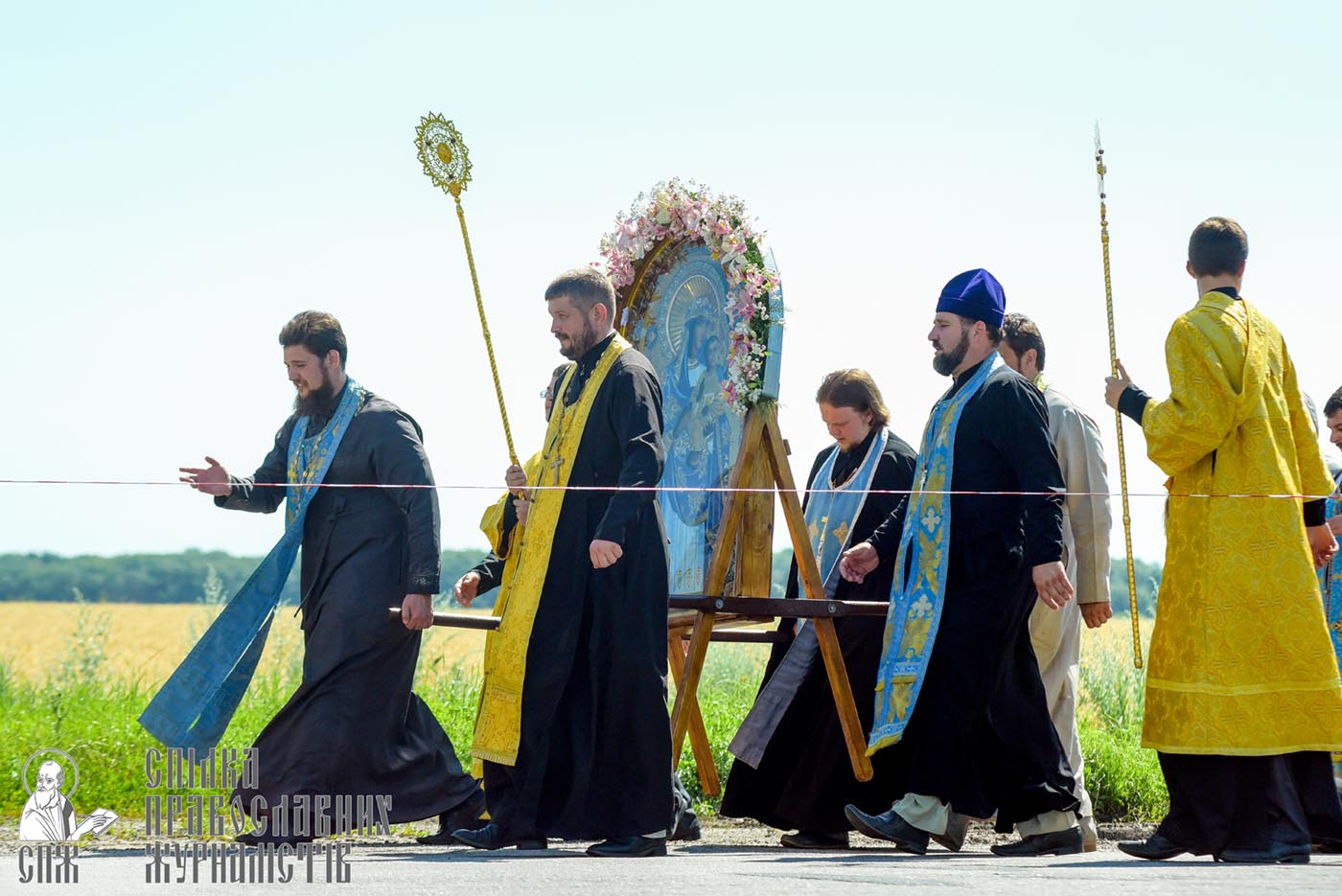 0079_0329_great-ukrainian-procession-with-the-prayer-for-peace-and-unity-of-ukraine