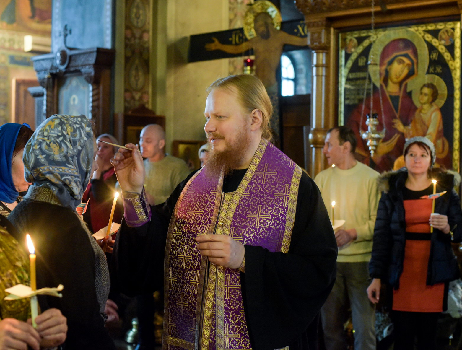 orthodoxy_chrism_iona_0292