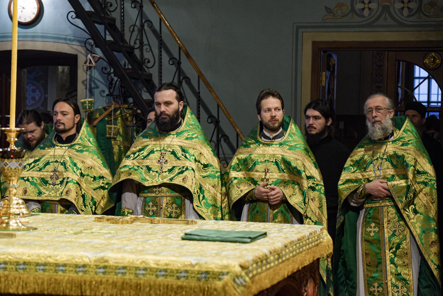 photos of orthodox christmas 0131 2
