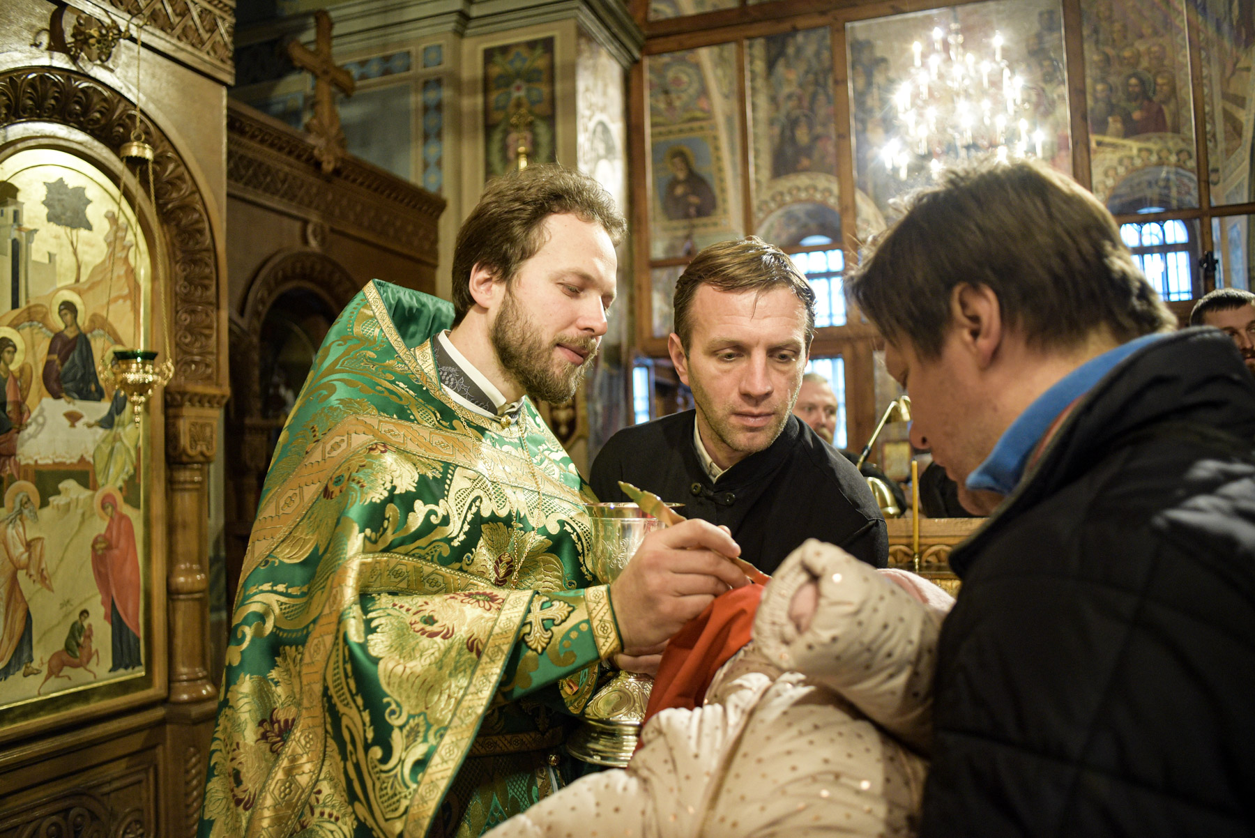 photos of orthodox christmas 0247 1