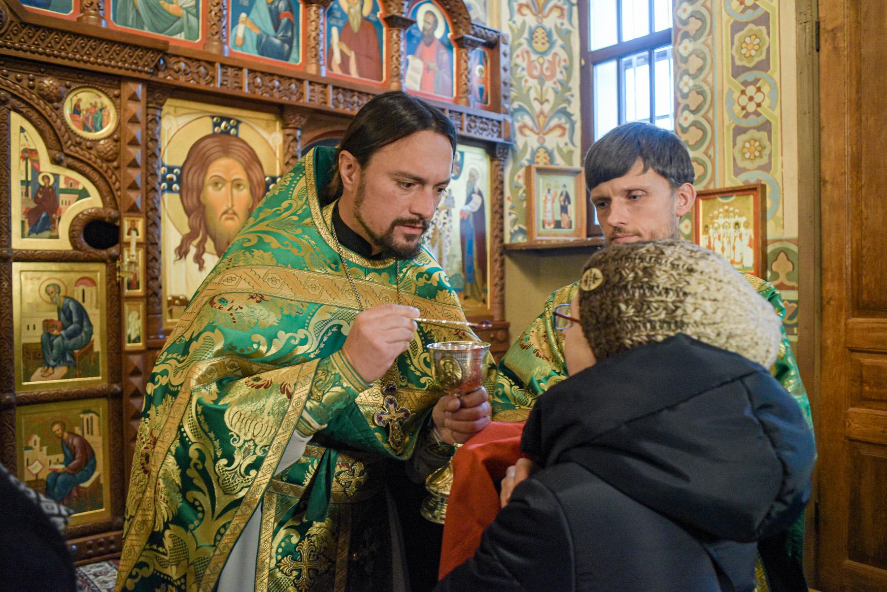 photos of orthodox christmas 0253 1